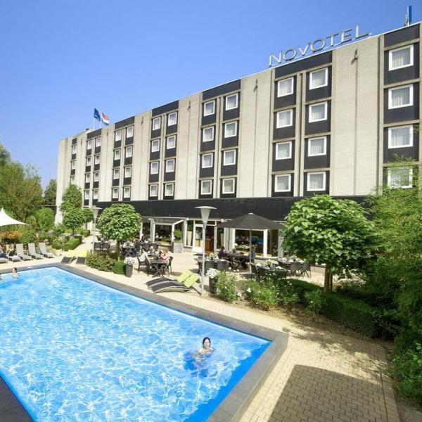 Zwembad Novotel Maastricht