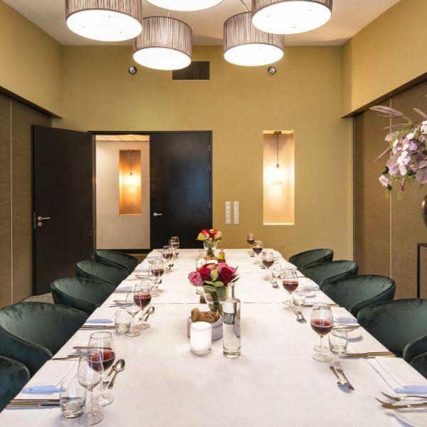 Rosarium zaal diner opstelling