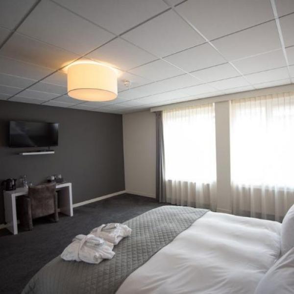Hotel het Raedthuys hotelkamer_01