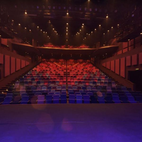 De Maaspoort theaterzaal