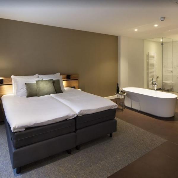 De Maaspoort hotelkamer